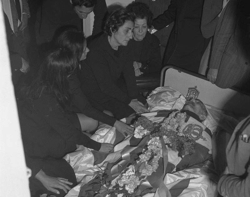 Funeral-of-Grivas-January-1974